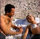 VČetníkovi ze Saint Tropez (1964) sváděl Geneviève Gradovou.