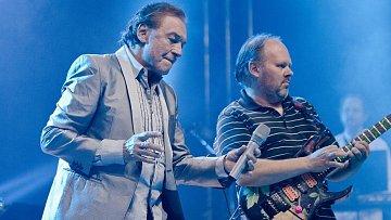 Na festivalu Rock for People vzbudil Karel Gott obrovské nadšení a bouřlivé ovace.