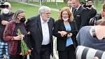 Jan Kačer na pohřbu kolegyně a kamarádky Libuše Šafránkové.