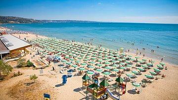 Bulharsko láká tisíce turistů...