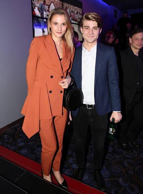 Lambora před Bezděkovou randil s herečkou Šárkou Vaculíkovou.