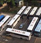Máte-li kamarády autobusáky, půjde pomsta sama.