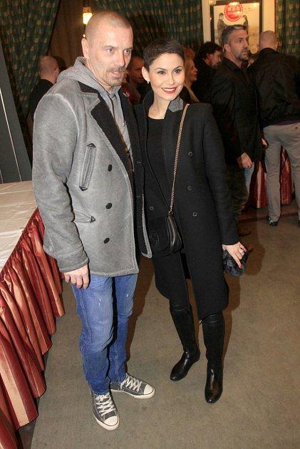 Bývalá manželka Vlaďka Erbová randí momentálně shokejistou Michalem Gulašim.