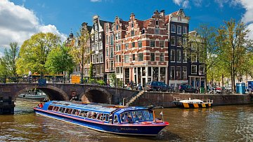 Typický obrázek Amsterdamu