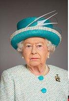 Královna Alžběta II. si může připsat další významný milník ve svém životě. Po boku své lásky prince Philipa je už 70 let.