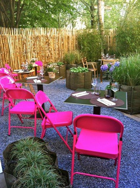 Zahradní party si zaslouží pořádné dekorace.