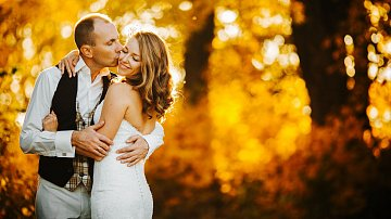 I podzimní svatba má neopakovatelné kouzlo. Kdo nevyzkoušel, neuvěří.