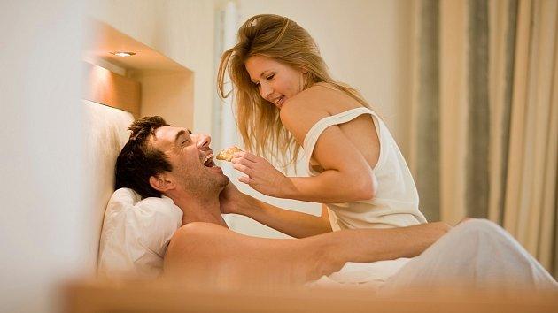 Láska sice prochází žaludkem, ale dávejte velký pozor, na čem si pochutnáte.
