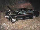 Tahle vypadalo auto chvíli po nehodě. Vystřelené airbagy dokazují, o jak silný náraz šlo.