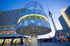 Unikátní světové hodiny proslavily Alexanderplatz.