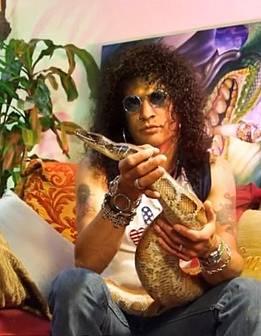 Slash měl hada
