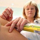 Vakcíny jsou zatím nedostatkovým zbožím.