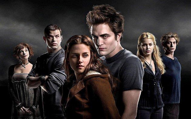 Robert Pattinson jako Edgar ze Stmívání