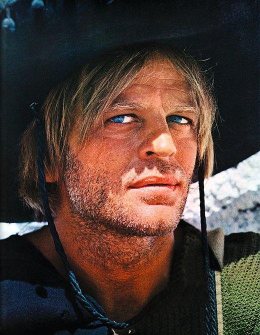 Svůj obličej uplatnil vřadě westernů. Třeba vesnímku Pro pár dolarů navíc (1965), kde hrál iClint Eastwood.