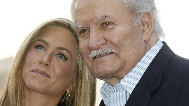 Jennifer Anistonová s otcem Johnem