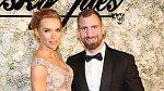 S manželem, trenérem zápasníků MMA Andrém Reindersem, se dohodli na rozvodu