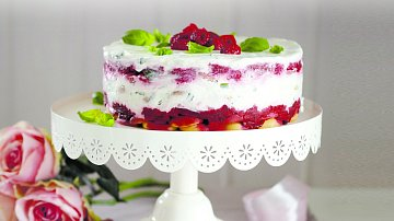 Nepečený malinový dort