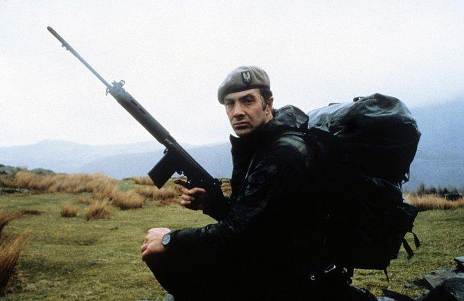 Jako člen speciální jednotky se představil vefilmu Who Dares Wins (1982).
