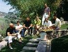 Sedm statečných jak je neznáte. Zleva: Yul Brynner, Charles Bronson, Brad Dexter, Robert Vaughn, Steve McQueen, James Coburn aHorst Buchholz.