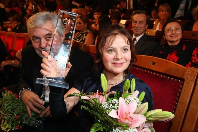 Víte, že Libuše Šafránková v době, kdy studovala na dramatickém oddělení brněnské konzervatoře, hrála Julii (Romeo a Julie) na scéně brněnské Mahenovy činohry? Poté v témže roce (1971) si zahrála nezapomenutelnou roli Barunky v čtyřdílném filmu Babička.
