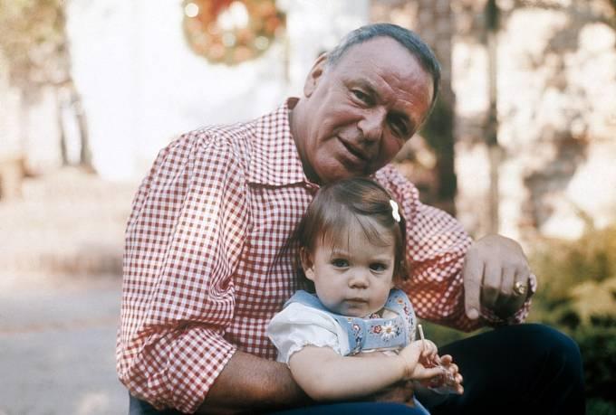 V roli dědečka s vnučkou Angelou