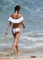 Alessandra se může pyšnit dokonalou figurou.