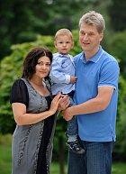 Ilona s manželem Radkem Vonešem a synem Danem