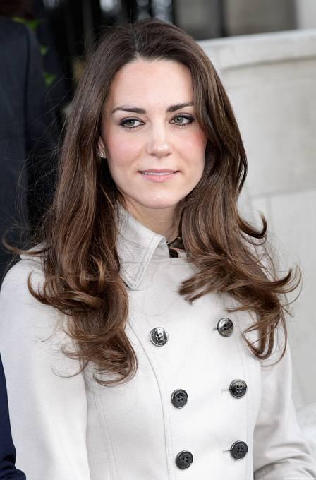 Kate Middleton má o starost víc.