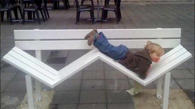 Některé lavičky naskýtají neuvěřitelné možnosti.