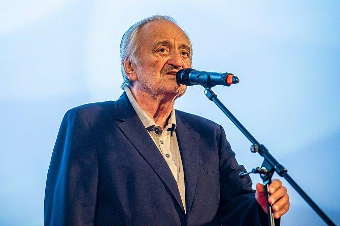 Milan Lasica zemřel přímo na jevišti při představení.