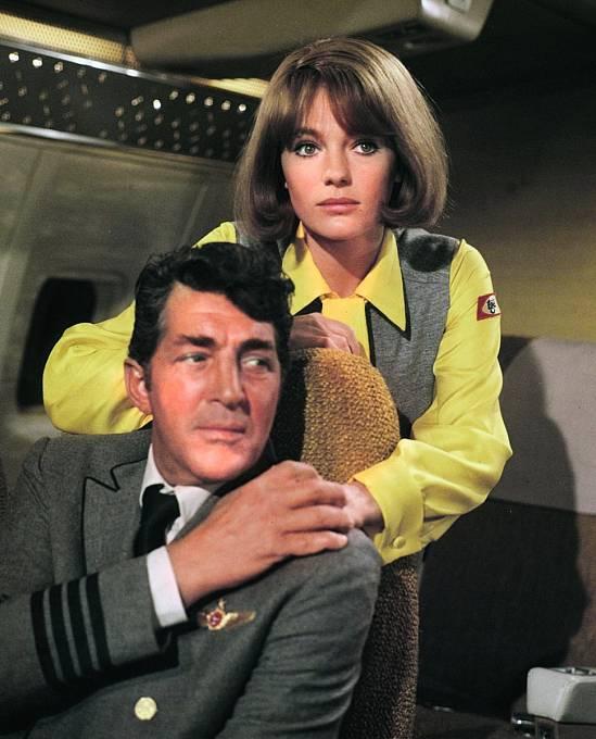 SJacqueline Bissetovou vkatastrofickém filmu Letiště (1970).