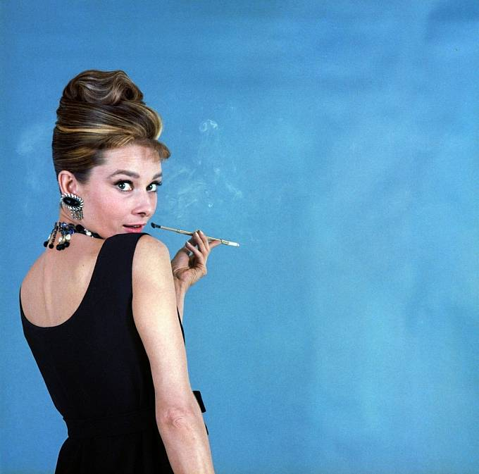 Koktejlky z filmu Snídaně u Tiffanyho (1961) se staly módní ikonou.