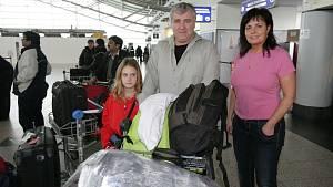 Manželé jsou často na cestách a berou s sebou i dceru Evičku.