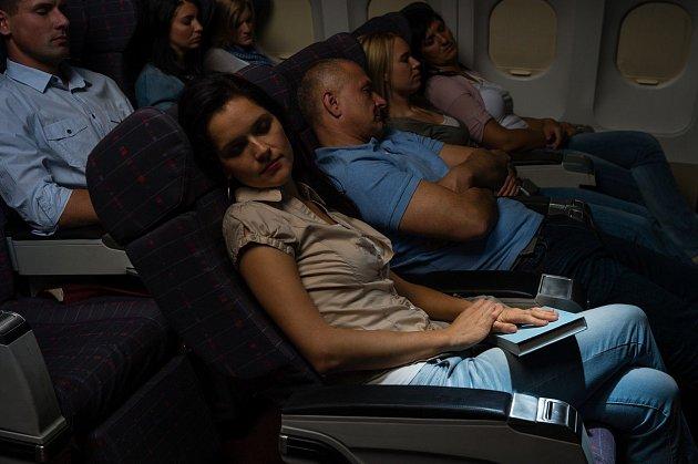 Co vše nespíš netušíte oletecké dopravě a letuškách.