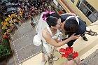Hodně extrémní svatební snímky...