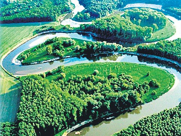 Meandry řeky Moravy skrývají kouzelná místa.