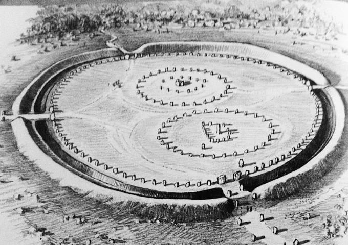 Proč před mnoha tisíci lety stavěli lidé něco takového? Odpovědí se nedostává.