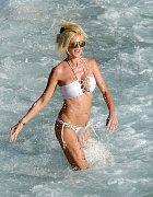 Victoria Silvstedtová si v lednu vybrala plážovou dovolenou.