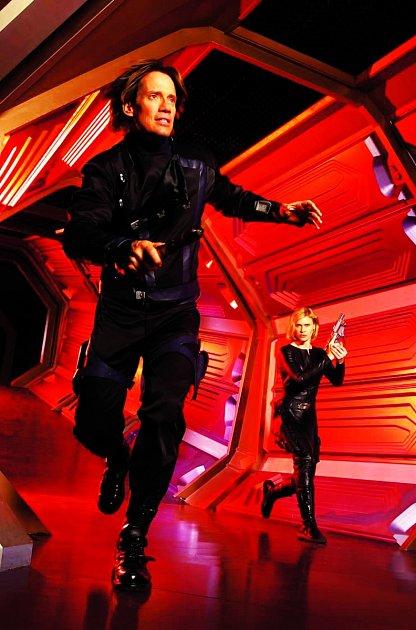 Pět let hrál ve sci-fi seriálu Andromeda (2000).