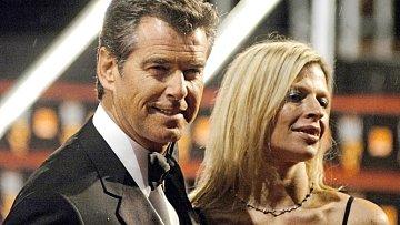 Pierce Brosnan se svou milovanou adoptovanou dcerou Charlotte, která nyní zemřela na zákeřnou rakovinu.