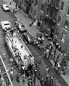 Bazény si v roce 1961 nemohl dovolit kde kdo, postačil však pojízdní!
