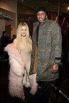 Zásnuby po dvou týdnech, svatba po dvou dalších. Khloé Kardashian a Lamar Odom.