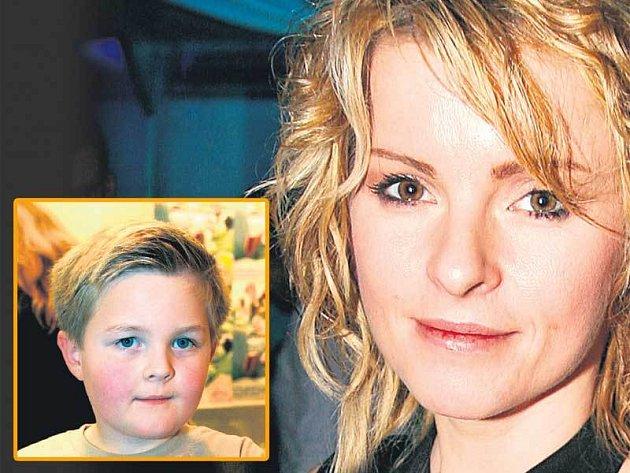 Iveta Bartošová má strach o svého syna Artura.