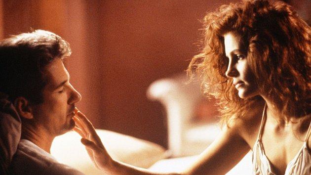Ikonou mezi romantickými filmy je Pretty Woman (1990) s Richardem Gerem a Julií Robertsovou. Ve vlastním zájmu na něj už raději nekoukejte.