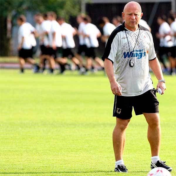 Jarolím věří, že Slavia má silnější mužstvo než před dvěma lety, kdy ztroskotala na Anderlechtu.