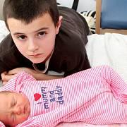 Nejmladší rodiče světa
