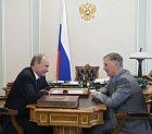 Kontakty s vládou udržoval Tichonov i po odchodu do trenérského důchodu. Důkazem je fotka s ruským prezidentem Putinem.