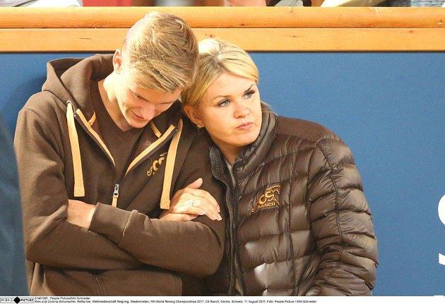 Mick Schumacher a Corinna Schumacher.
