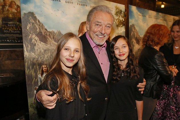 Na své dcery byl právem velmi pyšný!