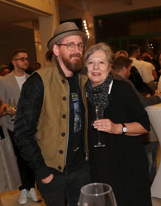 Tomáš Třeštík se svou maminkou Helenou Třeštíkovou.